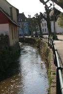 Schulstraße / Kleine Elz